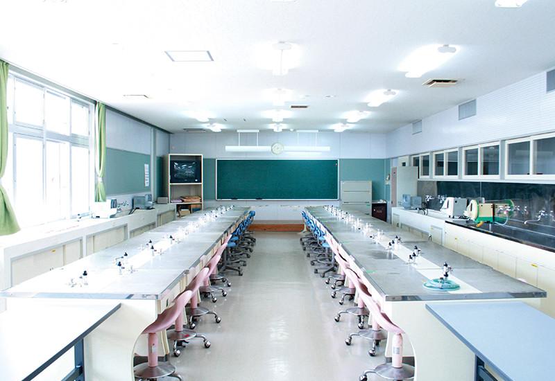 実習室II